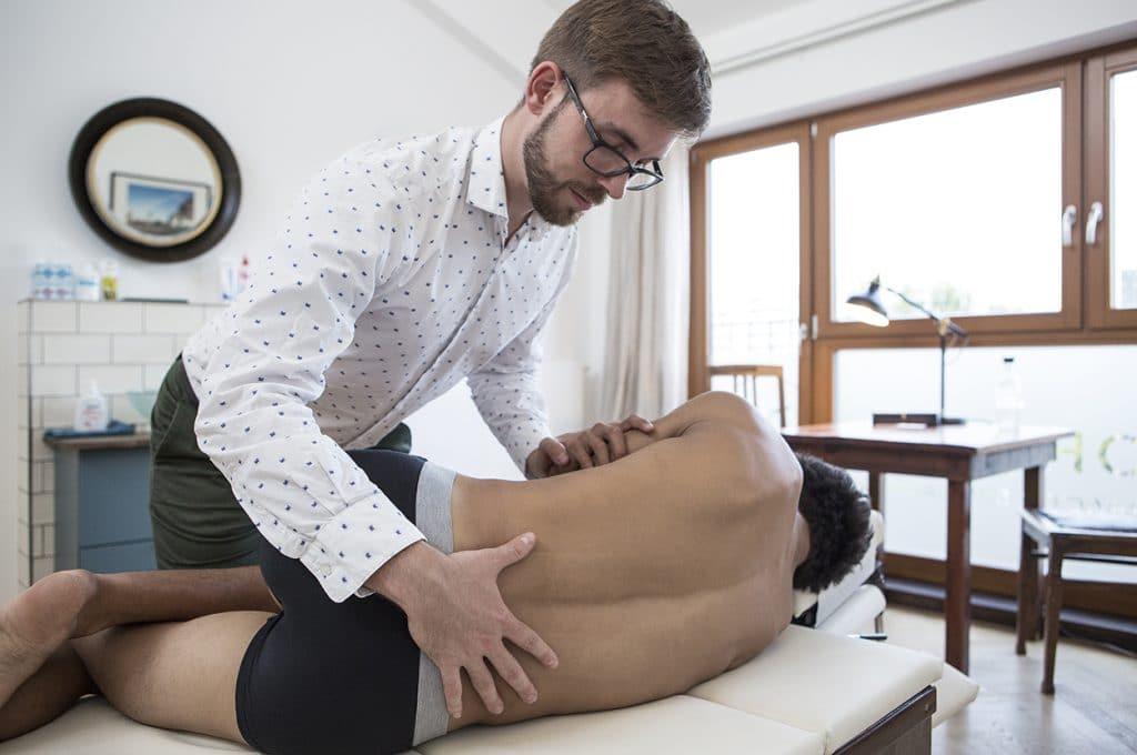 Joan Montserrat Chiropraktik Artist Profisportler Behandlung Chirohouse Berlin