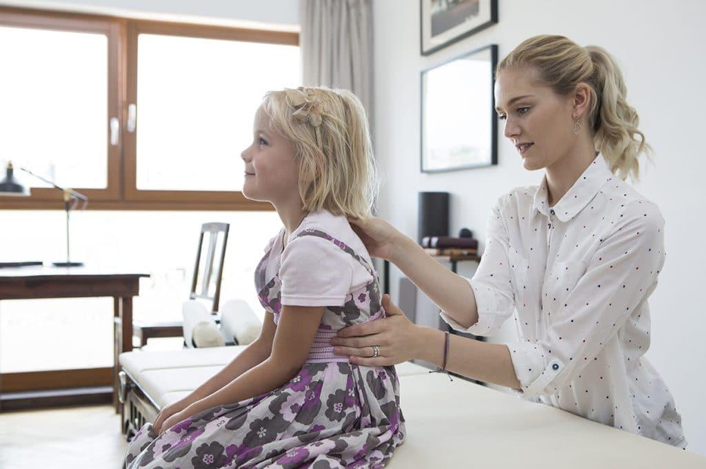 Mutter und Kind Chiropraktik für Schwangere, Babys und KInder Chirohouse Berlin